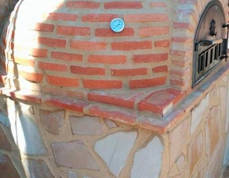 Horno montado acabado en ladrillo curvo de Pereruela (Valencia)